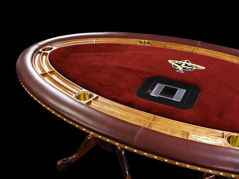 Ellipse Table 708